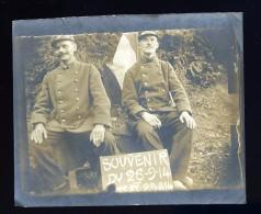 Photographie Originale 9 Cm X 7,3 Cm Souvenir Du 26-9-1914 2 Soldats    JA15 8 - Fotos