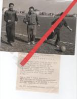 """Photo équipe De France De Football Avant Le Match France Sélection De Hollande  """"Gaulon , Gardien Et Sanier """" 1953  Foot - Sport"""
