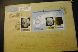 Russia 3682-83 Space Exploration Earth With Souvenir Sheet Block On Registered Cover 1969 A04s - 1923-1991 URSS