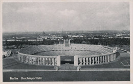 Berlin / Reichssportfeld / Stadion / Stadium / Stade (D-A107) - Alemania