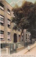 GUERNSEY 76 ST PETER PORT. HAUTEVILLE HOUSE . VICTOR HUGO HOUSE - Guernsey