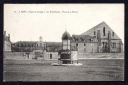 """CPA : Dépt.72. LE MANS. Caserne CAVAIGNAC. Place De La Mission. (  Cachet :""""Commission Militaire*gare*"""" - Le Mans"""