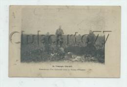 Militaria (Guerre 1914-18) : Enterrement D´un Camarade Dans Un Champ  Env 1915 (animée) PF. - Oorlog 1914-18
