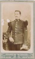 Photographie XIXème CDV Portrait D´un Militaire Chasseur Avec Baïonnette Régiment N° 101 - Photographe Branchu Paris - Personnes Anonymes