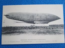 """Grandes Manoeuvres D'Automne. Le Dirigeable Militaire """"La Republique"""" A L'appareillage. Reproduction Par Cecodi No.A32 - Zeppeline"""