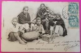 Cpa N° 31 Yaoleds Porteurs Et Cireurs Carte Postale Algérie Vieux Métier Enfants Au Travail - Kinderen