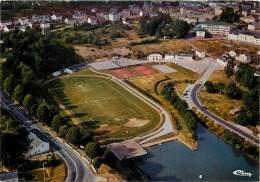 Neufchâteau - Le Complexe Sportif - Le Lac Le Terrain De Foot - Neufchâteau