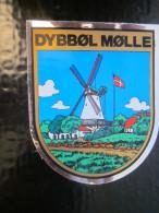 DYBBOL MOLLE Dybbøl Mølle DANISH ISLAND Blason écusson Autocollant Chromo Transfert Héraldique Danmark Danemark - Autocollants