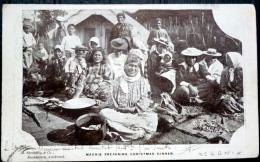 NOUVELLE ZELANDE MAORIS PREPARING CHRISTMAS DINNER  TIMBRE ENLEVE AU DOS NEW ZELAND AUCKLAND - Nouvelle-Zélande