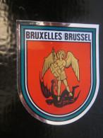 BRUXELLES BRUSSEL BELGIQUE    Blason écusson AUTOCOLLANT  Chromo Transfert Héraldique - Autocollants