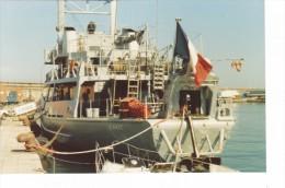 Batiment Militaire Marine Francaise A 731 Tiaree A Quai Bastia 8-1989 - Boats