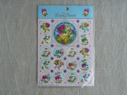 Planche GDL Autocollants Disney 1985 Les Fleurs De Daisy Et Ses Amis. Voir Photos. - Albums & Catalogues