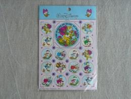 Planche GDL Autocollants Disney 1985 Les Fleurs De Daisy Et Ses Amis. Voir Photos. - Albums & Katalogus