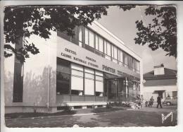 CRETEIL 94 - L'Hotel Des Postes ( PTT Poste CNE ) CPSM Dentelée Noir Blanc 1966 GF RARE (0 Sur Le Site)  Val De Marne - Creteil