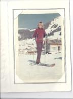 CHATEL SAVOIE  - ANNIE EN CLASSE DE NEIGE   VUE SUR LA STATION  JANVIER 1968   STUDIO YVON  12,5 X 12,5 Cm - Lieux