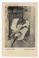 HAUTE GUINEE - noble dame indigene seins nus beau plan bon etat