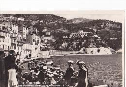 24339 Onze Cpsm Villefranche Sur Mer ADIA 19,4,16,18,3 Debarquement Matelots Rade Eglise Cuirasse, LL 2,9,48,16,escadre - Villefranche-sur-Mer