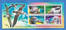 TAAF - Terres Australes Et Antarctiques Françaises - Année 2010 -Protection De L´Albatros D´amsterdam - Oiseaux-  Neuf** - Blocs-feuillets