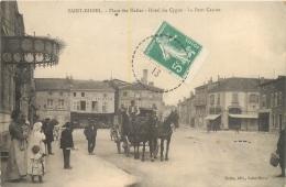 SAINT MIHIEL  PLACE DES HALLES HOTEL DU CYGNE LE PETIT CASINO - Saint Mihiel