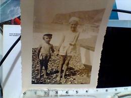 1 FOTO FINALE LIGURE BAMBINI AL MARE 1955 EQ13053 - Luoghi