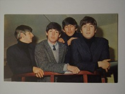 CPA Chanteur Année 50 60 Les Beatles - Chanteurs & Musiciens