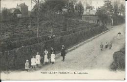 Neuville En Ferrain -Le Labyrinthe - Non Classés