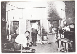 Stourbridge - 'The Twelve Pot Furnace' - GLASSMAKING  - The Red House Cone  - England - Beroepen