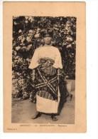 C P A--AFRIQUE  DAHOMEY--PORTO-NOVO--danseuse--voir 2 Scans - Dahomey