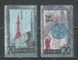 Russie: 2953/2954 ** - Raumfahrt