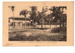 C P A--AFRIQUE  DAHOMEY-inondations Du COTONOU 1925-la Mission Catholique--voir 2 Scans - Dahomey