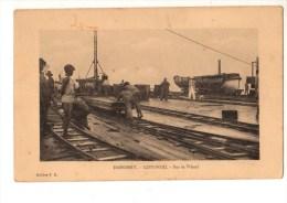 C P A--AFRIQUE  DAHOMEY--COTONOU --sur Le Wharf --voir 2 Scans - Dahomey