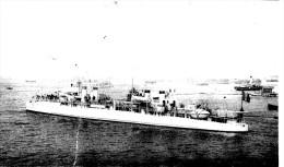 Batiment Militaire Marine Francaise Contre Torpilleur Pique - Reproductions