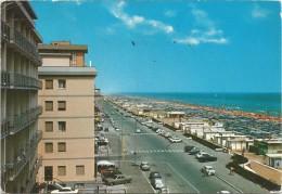 K2568 Miramare Di Rimini - Lungomare E Spiaggia - Auto Cars Voitures / Viaggiata 1974 - Rimini