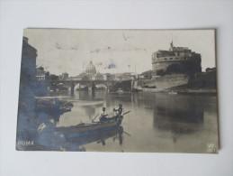 AK 1914. Italien. Echtfoto. Roma. Kleines Fischerboot. Kanal. - Ponts