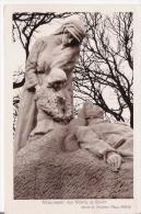MOMUMENT AUX MORTS DE ROYAT OEUVRE DU SCUPLTEUR RAOUL MABRU - Monuments Aux Morts
