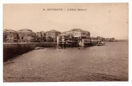Beyrouth.L'Hotel Bassoul. Vue g�n�rale et l'Horloge. La Tour de l'Horloge.