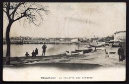 CPA ANCIENNE- FRANCE- HONFLEUR (14)- LA TOILETTE DES BARQUES AVEC ANIMATION- GROS PLAN- - Honfleur