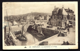 CPA ANCIENNE- FRANCE- HONFLEUR (14)- LA LIEUTENANCE ET LE PORT- BELLE ANIMATION- BARQUES SARDINIERES- ATTELAGES- - Honfleur