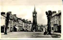 POWYS - MACHYNLLETH - THE LION HOTEL AND TOWN CLOCK RP Pow48 - Montgomeryshire