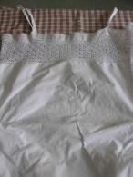 Chemise/culotte En Coton Blanc  Très Fin Brodée Et Dentelle Main Petite Taille TBE Année 1900 - Lingerie