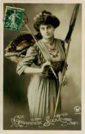 Belle Carte    -  Belle Femme   , Gracieux  Souvenir   ,poisson        F83  Croissant - Femmes