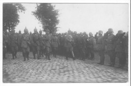 Denain (59) - Carte-photo Allemande : Le Kaiser Guillaume II Devant  Les Troupes Allemandes. Etat, Non Circulé. - Denain