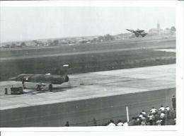 "PHOTO 9X12 : CAMBRAI 1976 BASE AERIENNE  - "" MIRAGE F1 "" Au Décollage  (  Animées - AERODROME  - AVION ) - Cambrai"