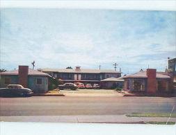 Bent Corner Pre-1980 OLD CARS & DESERT INN MOTEL Needles CA L2595 - Ohne Zuordnung