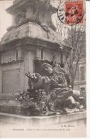POITIERS 4 DETAIL DU MONUMENT COMMEMORATIF DE 1870 - Monuments Aux Morts