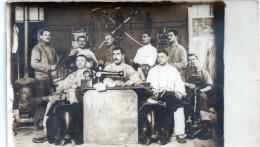 Carte Photo Classe 1911 Employés 12e Chasseurs  1e Escadron  Metiers   -J- - Characters