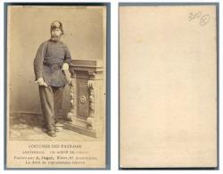 A. Jager, Pays-Bas Un Homme En Costume D'agent De Police - Anciennes (Av. 1900)