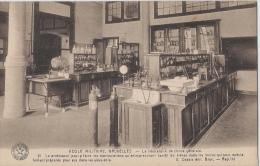 KONINKLIJKE MILITAIRE SCHOOL - ECOLE MILITAIRE - Le Laboratoire De Chimie Générale - Kazerne
