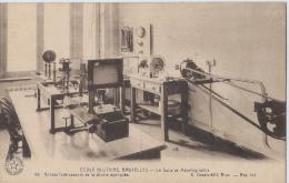 KONINKLIJKE MILITAIRE SCHOOL - ECOLE MILITAIRE - La Salle De Métallographie - Kazerne