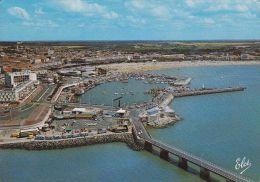 Cp , 17 , ROYAN , Le Port Et La Grande Plage - Royan
